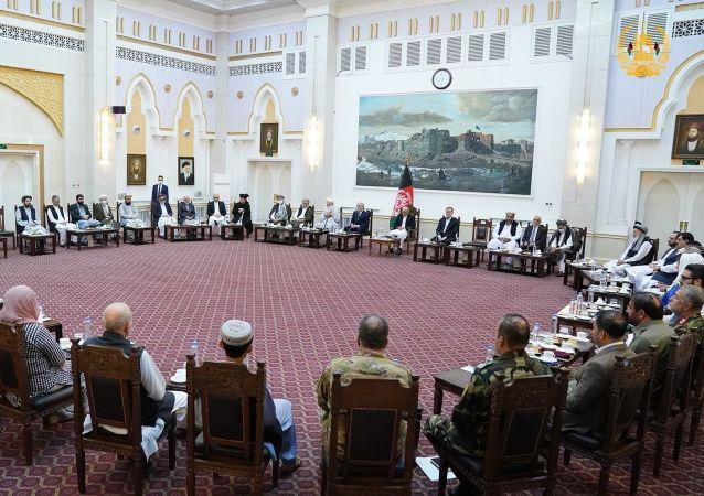 نشست مشورتی اشرف غنی با رهبران سیاسی و جهادی