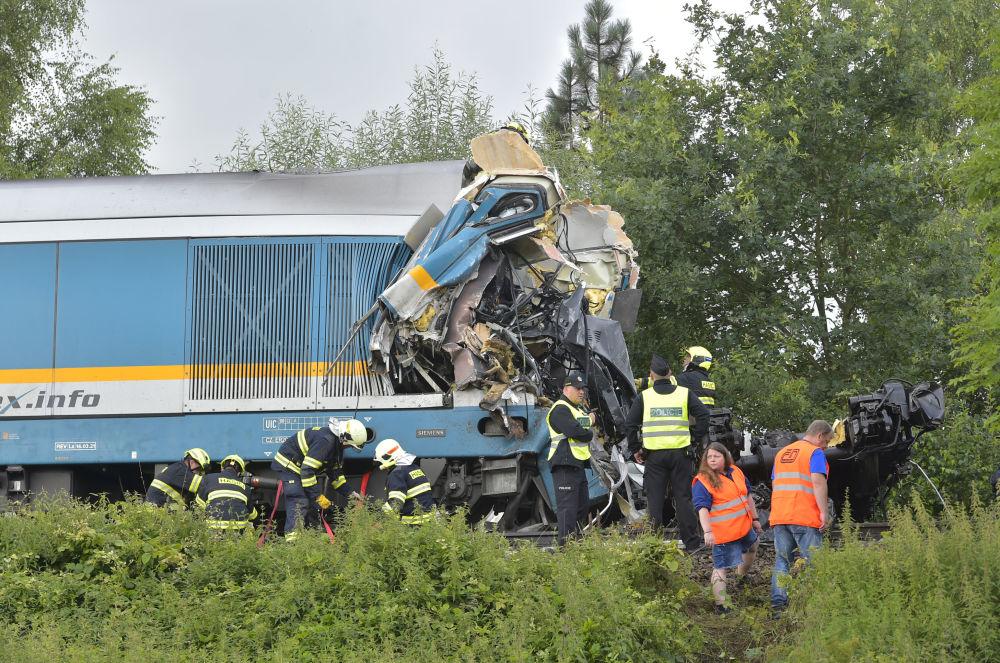 بهترین عکس های این هفته اسپوتنیک/برخورد دو قطار در جمهوری چک