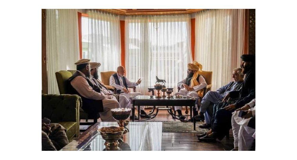 دیدار «انس حقانی» با حامد کرزی و عبدالله