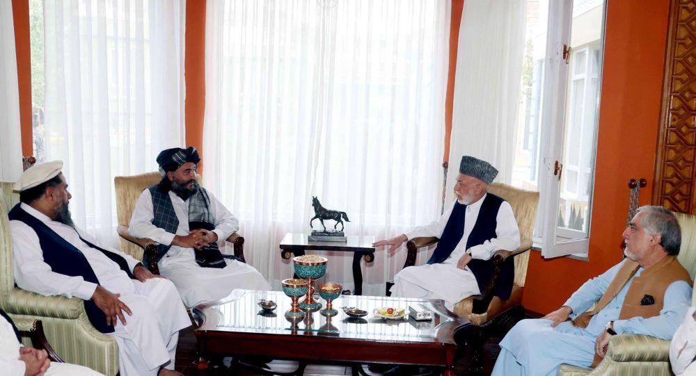 دیدار کرزی و عبدالله با والی گماشته کابل از سوی طالبان