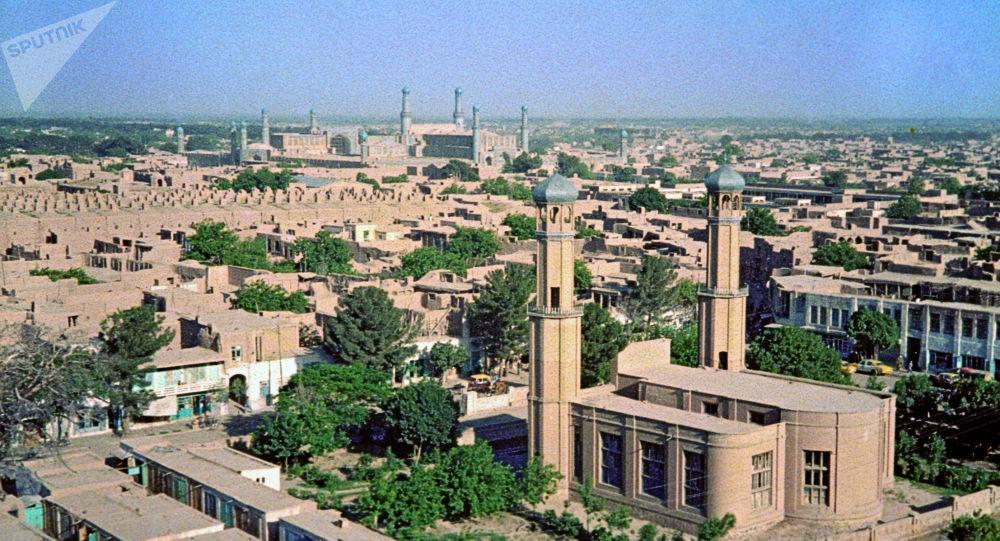 با روی کار آمدن دولت جدید 100 کارخانه در هرات از فعالیت بازماندند