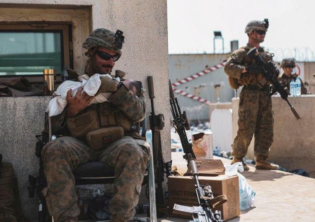 فیسبو و لینکد ان برای تخلیه افغانها نیز کمک کردند