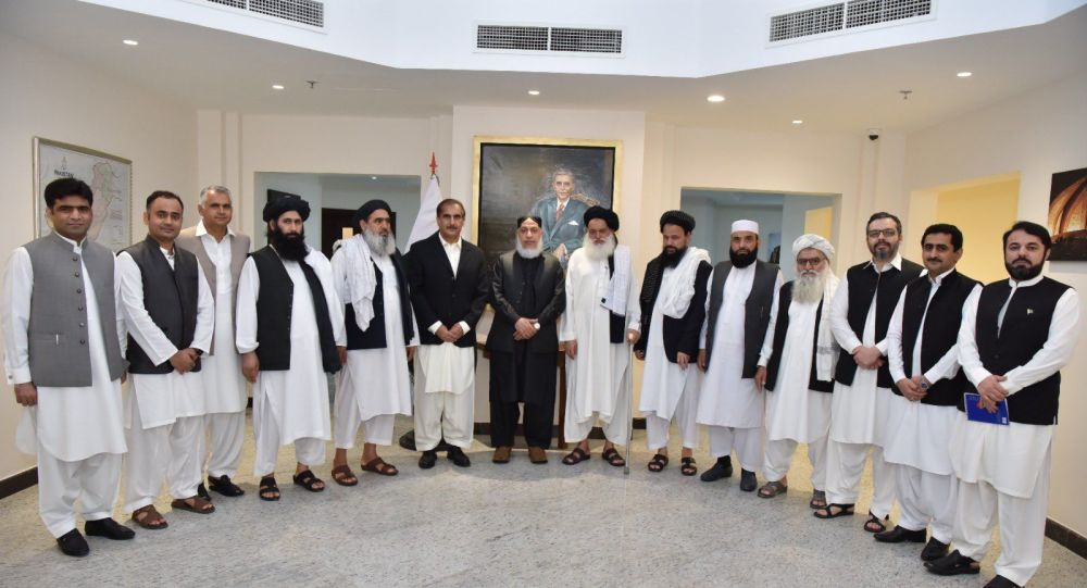 دیدار سفیر پاکستان  در قطربا مقامات ارشد طالبان در قطر