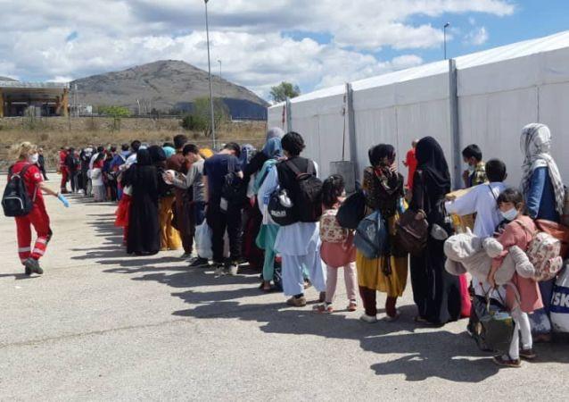 پیآمدهای مثبت مهاجرت جمعی به کشورهای توسعه یافته برای افغانستان