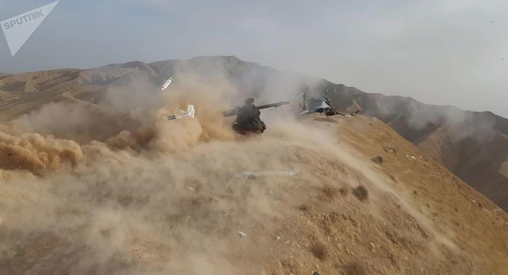فرمانده مقاومت: آماده نابودی پاکستانیها هستیم + ویدیو
