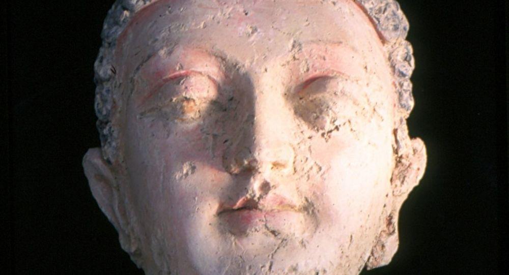 آثار قدیمی بامیان از سوی قاچاقبران در همکاری با مسئولین پیشین قاچاق شده است