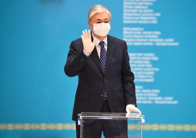 رئیس جمهور قزاقستان: ما واکسین ضد کرونا را به عنوان کمک های بشردوستانه به افغانستان ارسال می کنیم