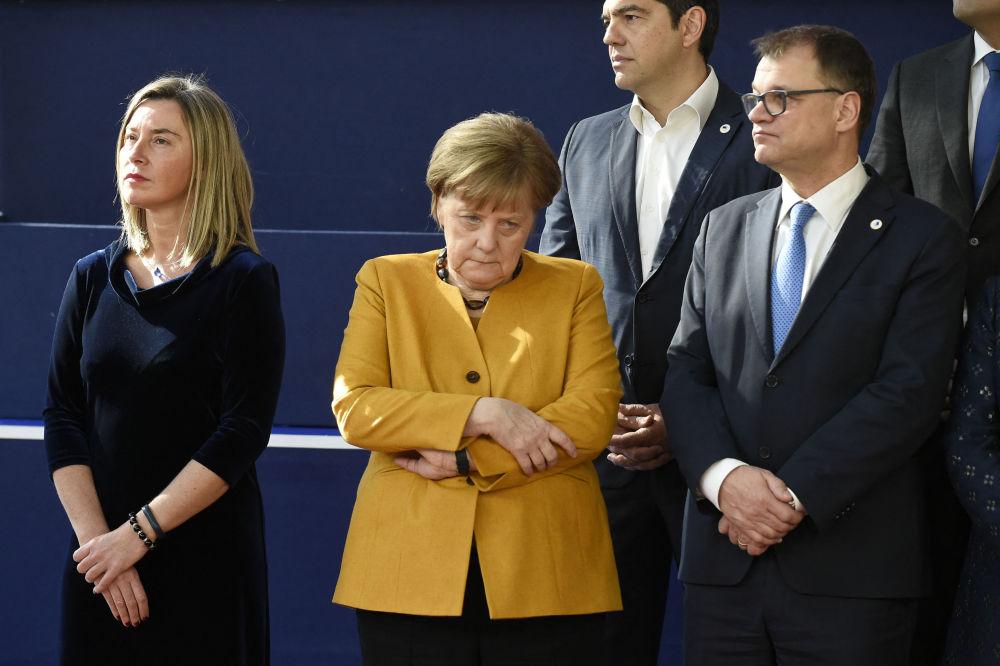 انگلا مرکل با نخست وزیر یونان.
