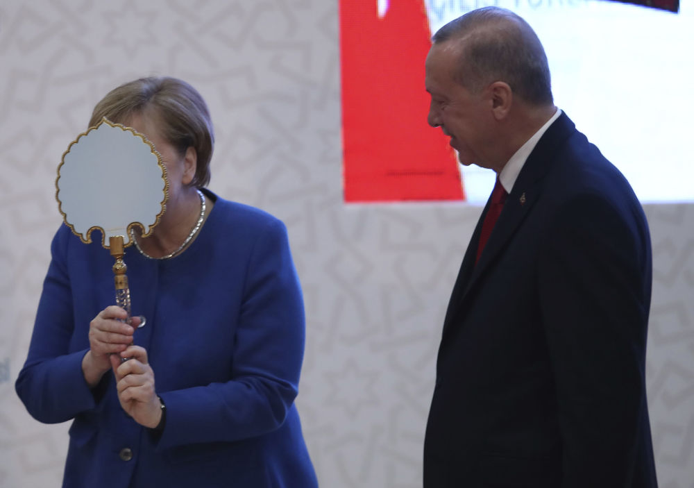 انگلا مرکل با اردوغان.