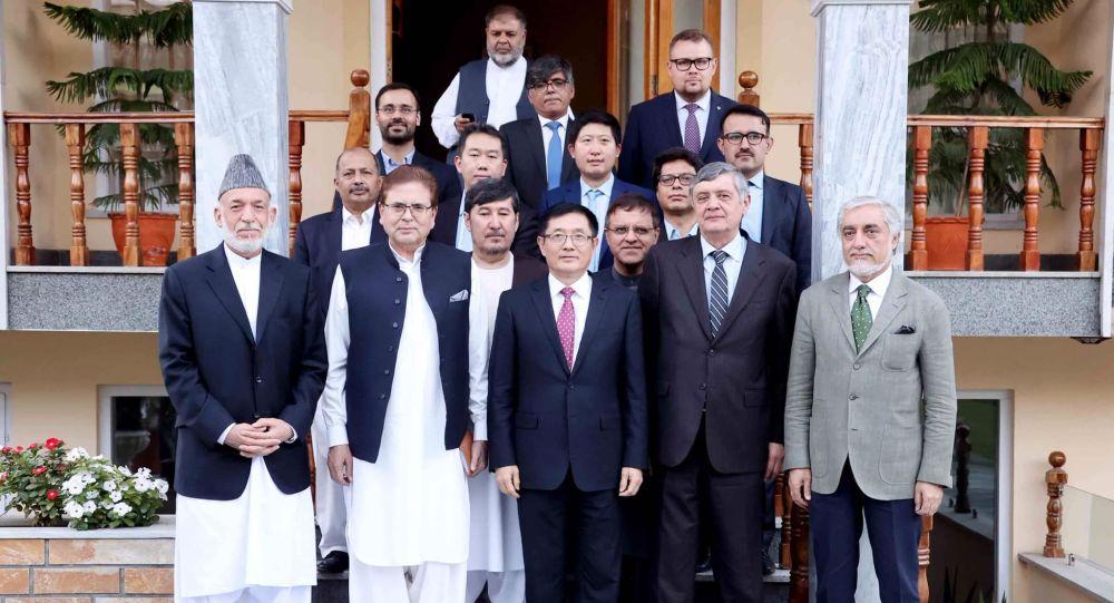 دیدار عبدالله و کرزی با نمایندگان ویژه روسیه، چین و پاکستان