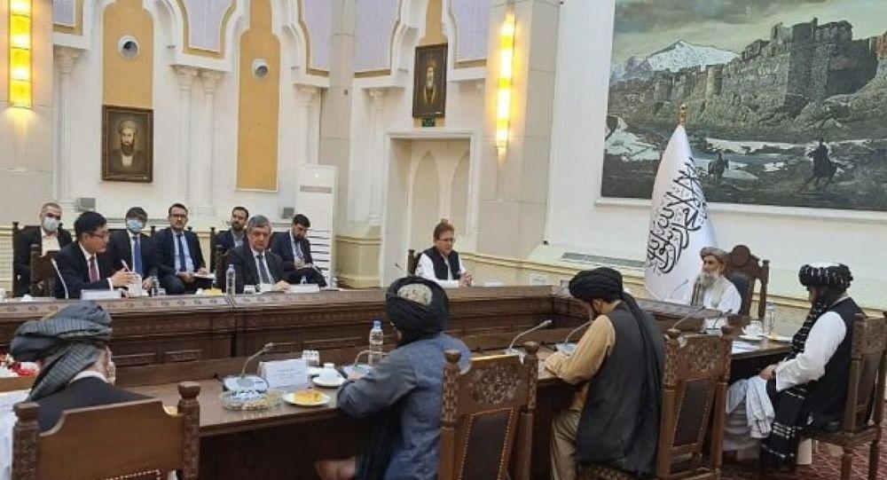 تأکید نمایندگان روسیه چین و پاکستان به برقراری تماس با طالبان
