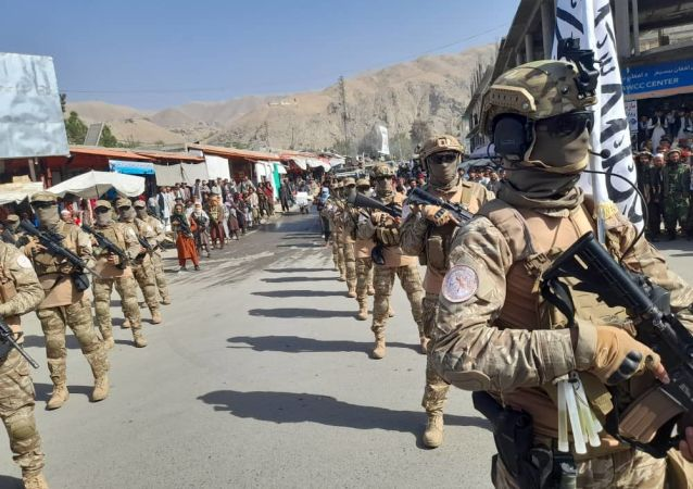 طالبان: سه عضو گروه داعش را در ننگرهار کشتیم