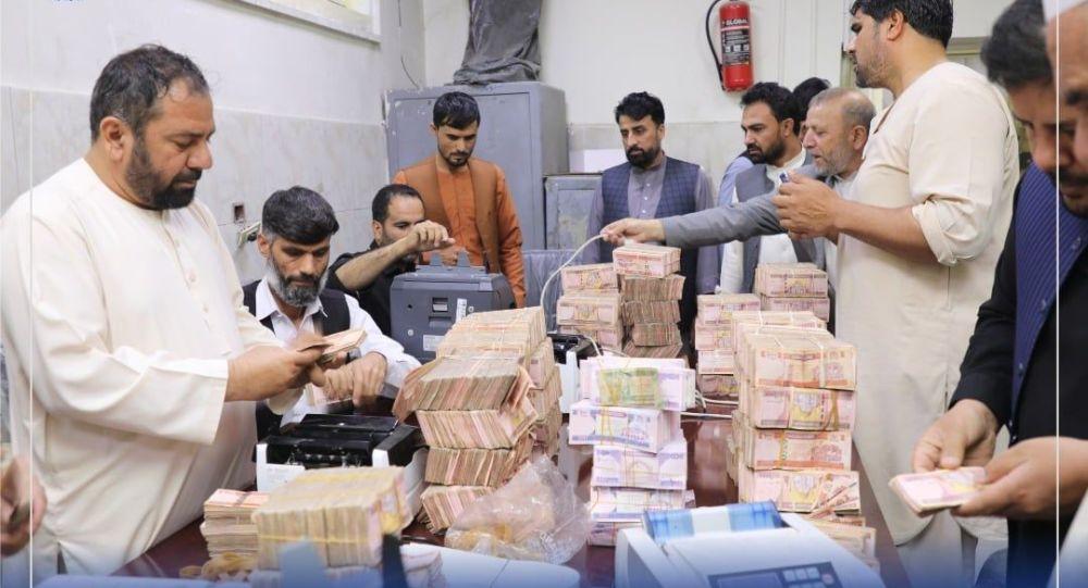 پاکستان از کمک های فنی و مالی و چاپ پول به طالبان خبر داد