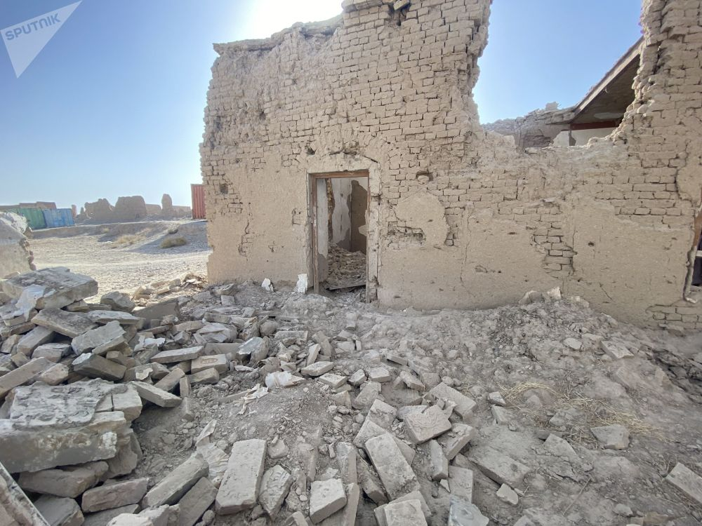 جنگ خانه های هلمند  را ویران کرد.