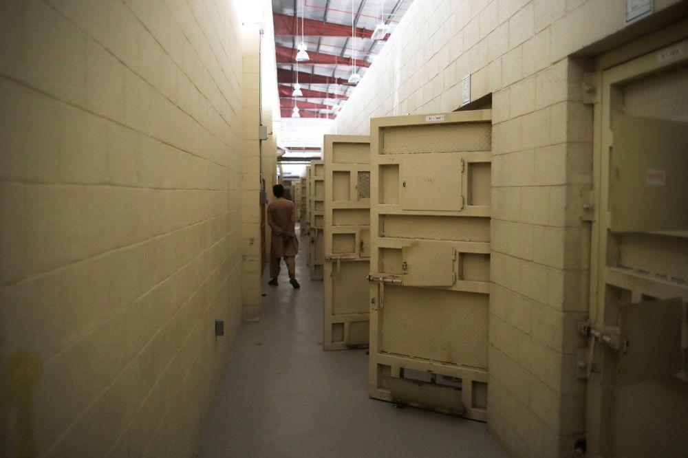اشیای باقیمانده آمریکایی ها در پایگاه هوایی بگرام.