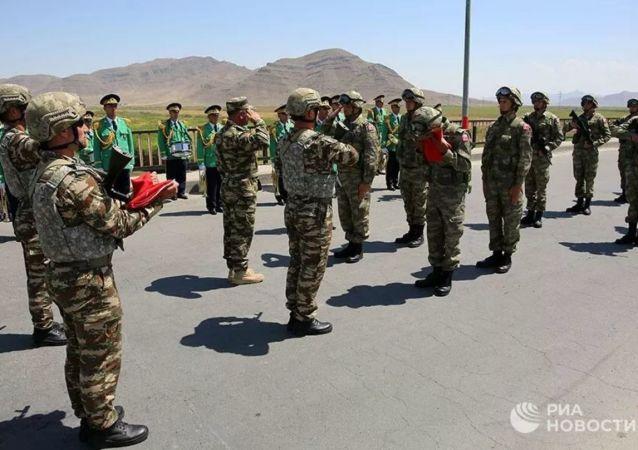 رزمایش مشترک ترکیه و آذربایجان در مرز ارمنستان