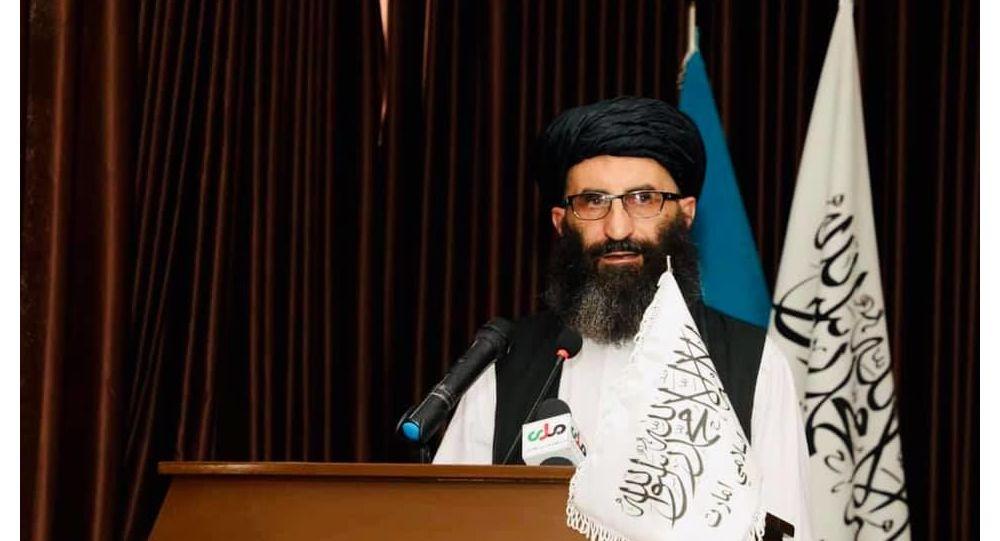 سرپرست وزارت معارف طالبان: شریعت اسلامی با آموزش زنان مخالفت ندارد