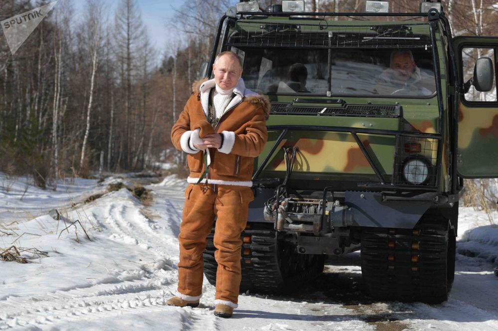 ولادیمیر پوتین هنگام استراحت در تعطیلات در سیبری.