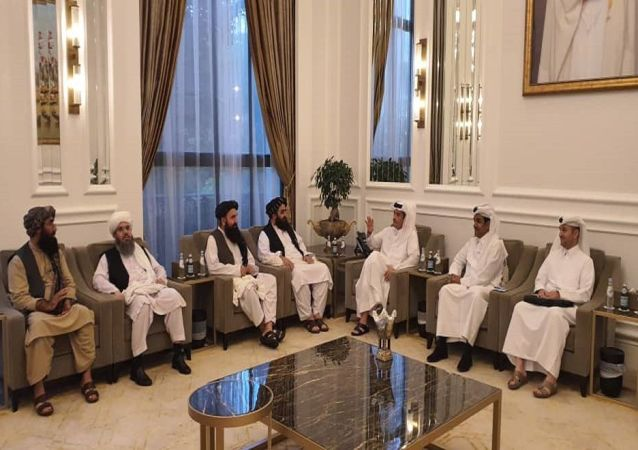 دیدار هیات طالبان با وزیر خارجه قطر در دوحه