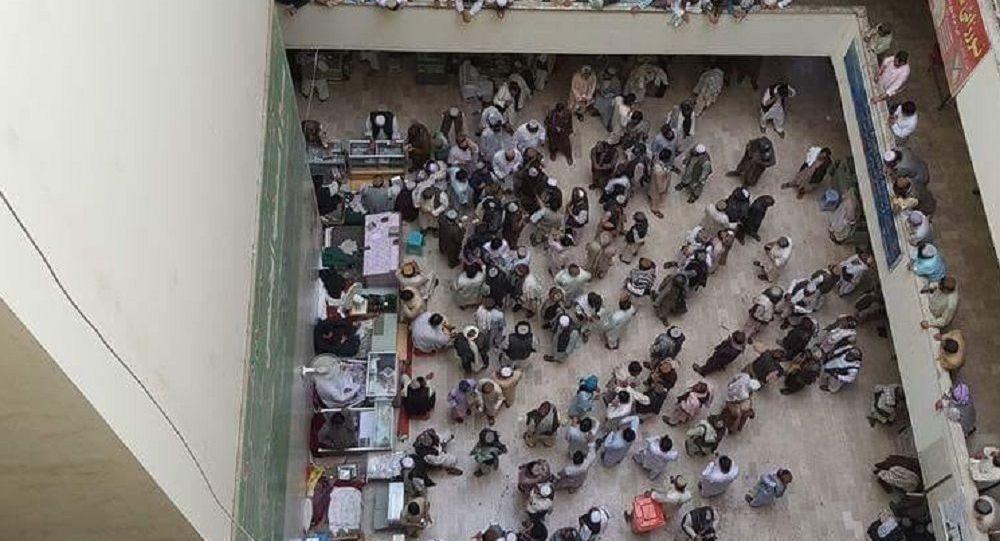 صرافان کندهار: قاچاق دالر از افغانستان به پاکستان افزایش یافتهاست