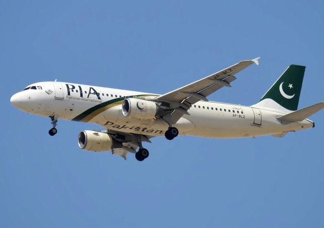شرکت هوایی پاکستان پروازهایش را به کابل متوقف کرد