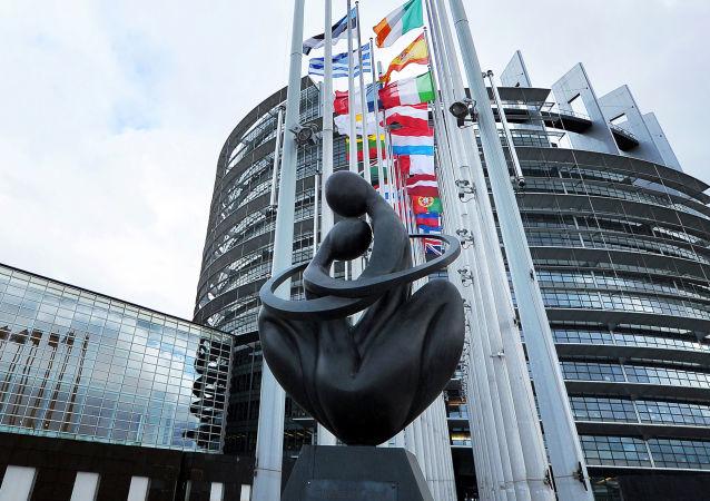 نزدیک به 2 هزار نفر در اتحادیه اروپا به کرونا ویروس گرفتار اند