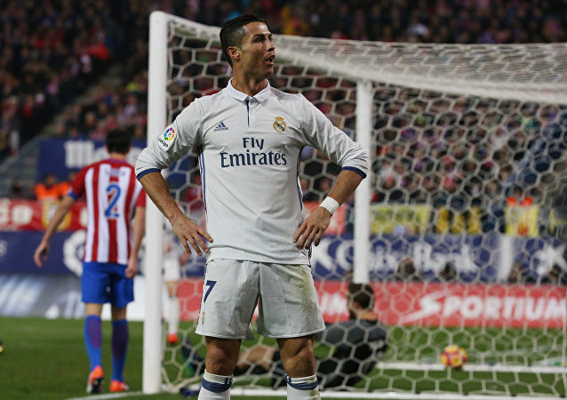 Cristiano Ronaldo comemora su gol, durante partido contra Atletico de Madrid