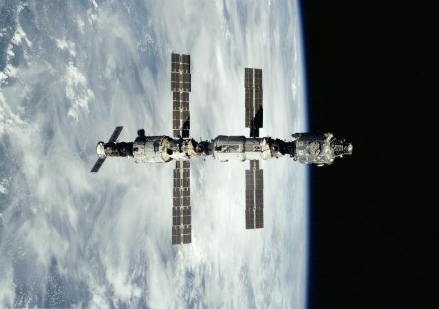 روسیه فضاپیمایی به نام گاگارین را به فضا اعزام میکند
