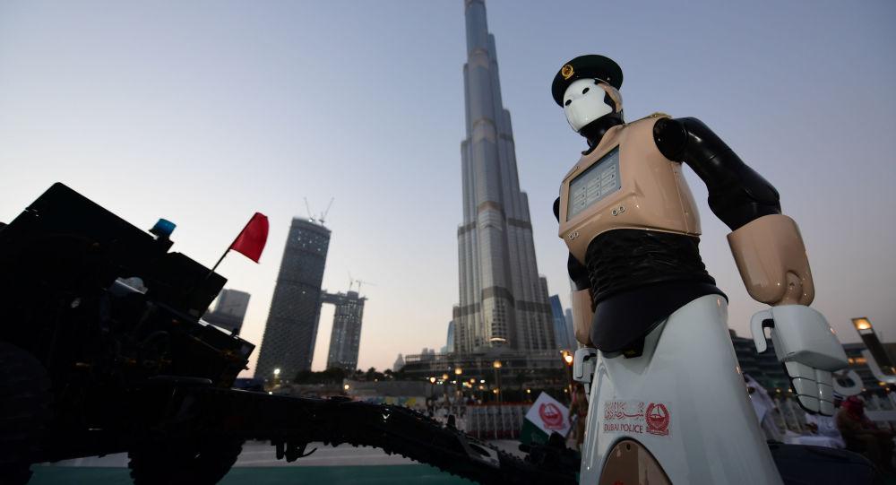 ربات روسی دوره آزمایشی را در پولیس ابوظبی با موفقیت پشت سر گذاشت