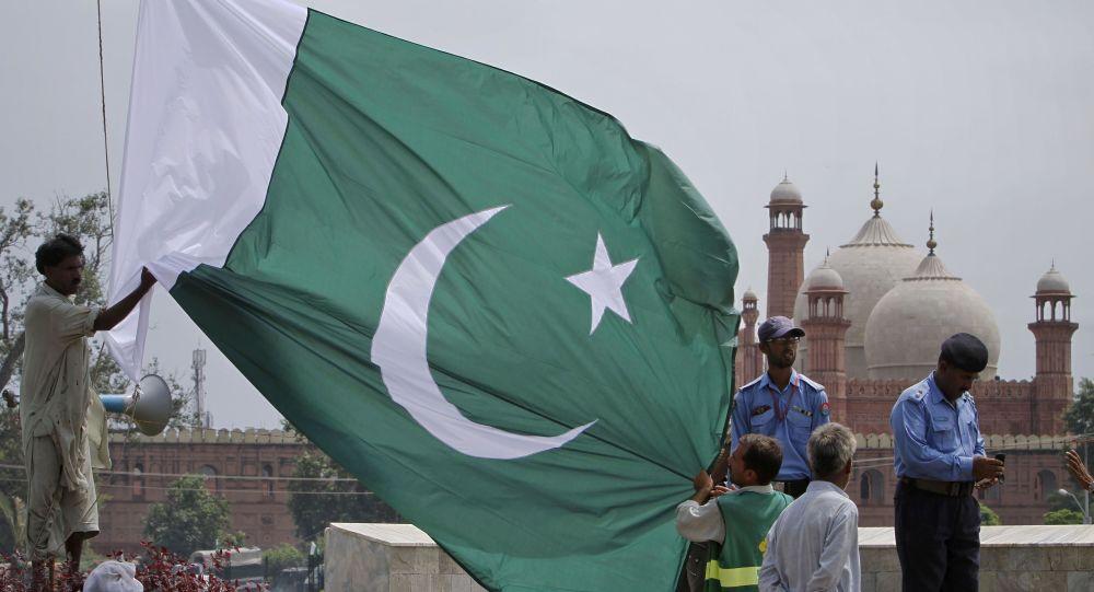 عبدالقادر خان دانشمند هستهای پاکستان درگذشت