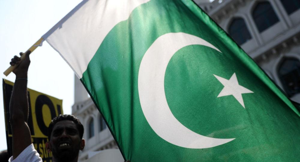 پاکستان صدور روادید برای بیرون شدن خبرنگاران از افغانستان را آسان کرد