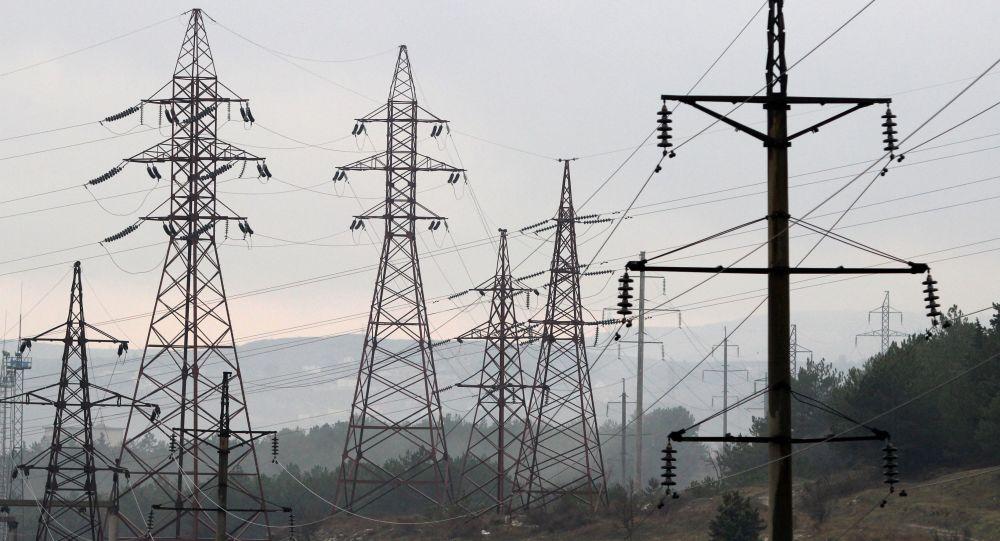 قرار داد ده ساله انتقال برق از اوزبیکستان به افغانستان