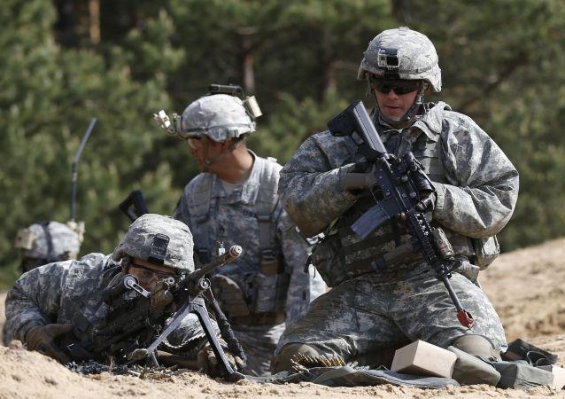 فوربس: امریکا در جنگ با روسیه آماده میشود