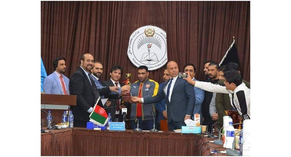 یاسین سالک قادری توسط سرپرست وزارت تحصیلات عالی افغانستان تقدیر شد