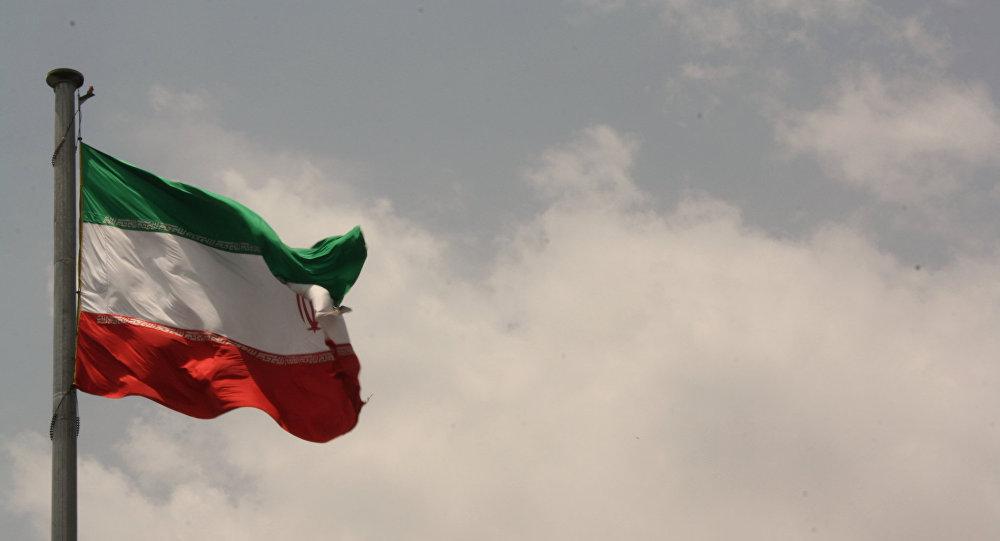 زلزله 5.9 ریشتری ولایتهای فارس و بوشهر در جنوب ایران را لرزاند