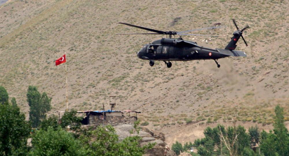در سقوط هلیکوپتر نظامی ترکیه یک فرمانده ارتش کشته شد