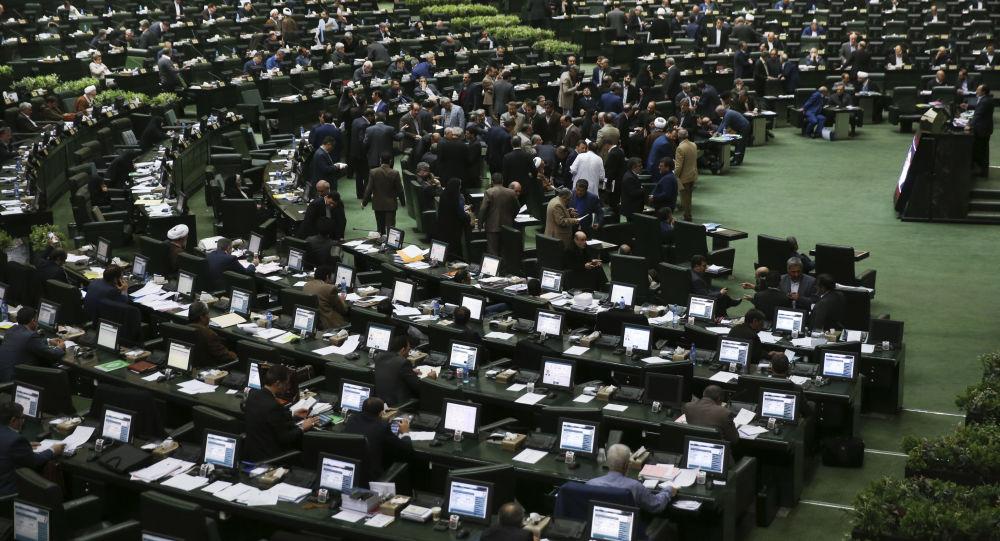 نیویارک تایمز: در انتخابات مجلس نمایندگان ایران، ضد امریکاییها برنده میشوند