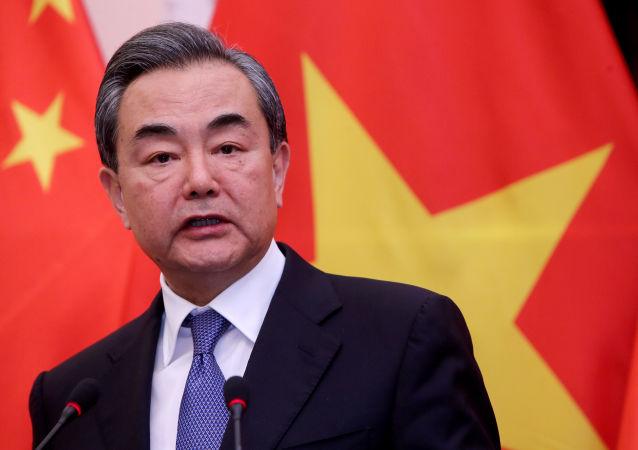 وزیر امور خارجه چین