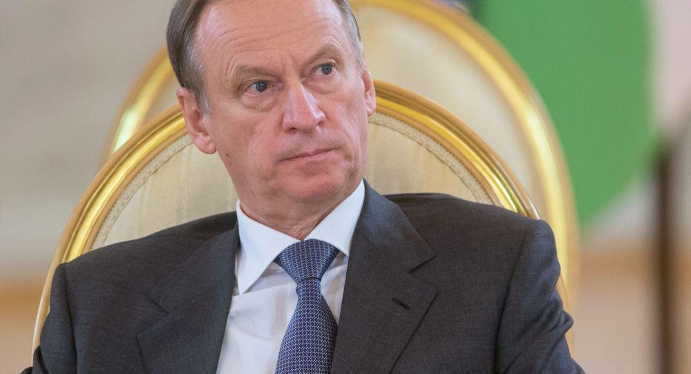 پاتروشف: امریکا در تلاش است تا عوامل نفوذ خود را در دولت روسیه به پیش ببرد