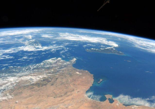 دانشمندان: زمین باستانی سراسر آب بود
