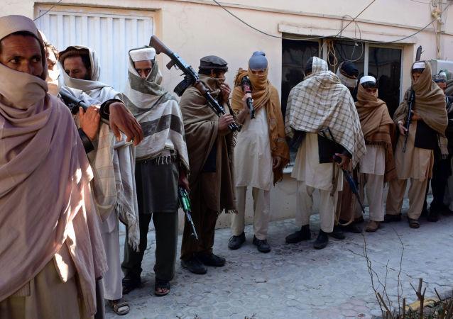 اختطاف 18 غیر نظامی توسط طالبان در ولسوالی جلریز میدانوردک