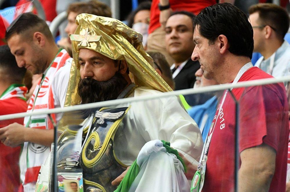 هواداران قبل از آغاز بازی تیم های مراکش و ایران