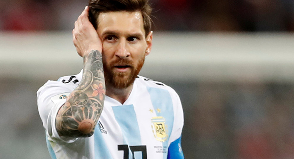 Soccer Football - World Cup - Group D - Argentina vs Croatia - Nizhny Novgorod Stadium, Nizhny Novgorod, Russia - June 21, 2018 Argentina's Lionel Messi looks dejected after the match