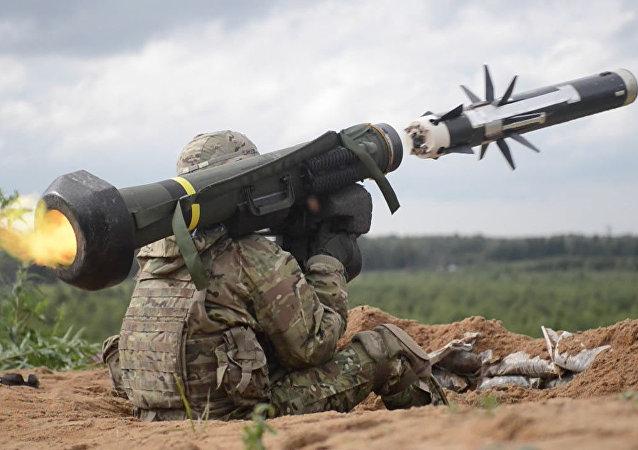 تخصیص بودجه در پنتاگون جهت تولید موشک های ضد تانک برای اوکراین