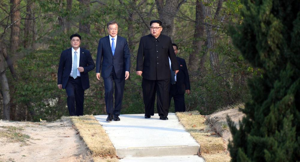 برقراری دوباره ارتباطات میان کوریای شمالی و جنوبی