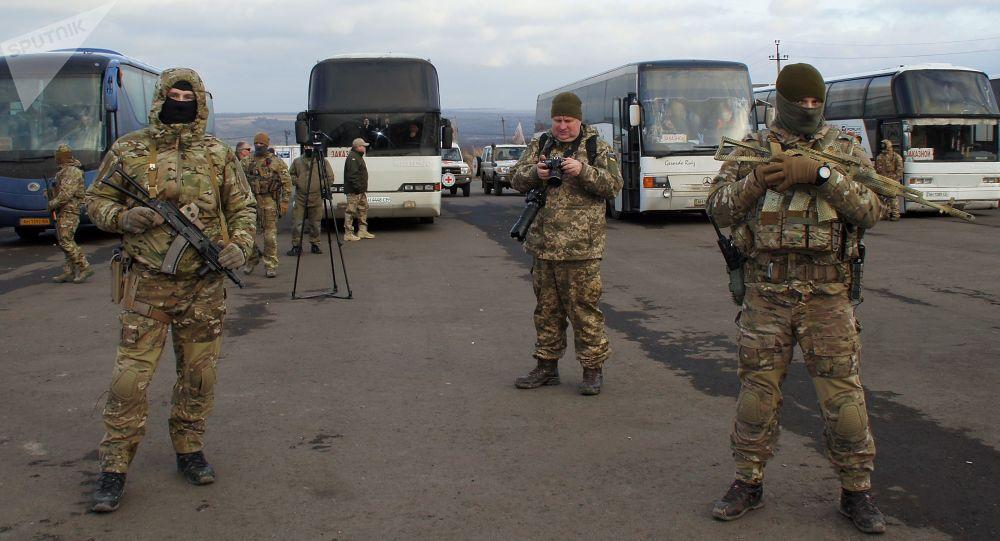 پیدا شدن یک افغانستانی از زیر لاری در مرز اوکراین و رومانی