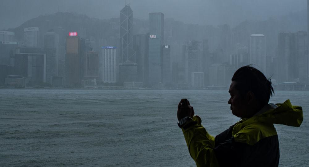 طوفان وحشتناک در چین همه چیز را از سر راهش بر میدارد + ویدیو