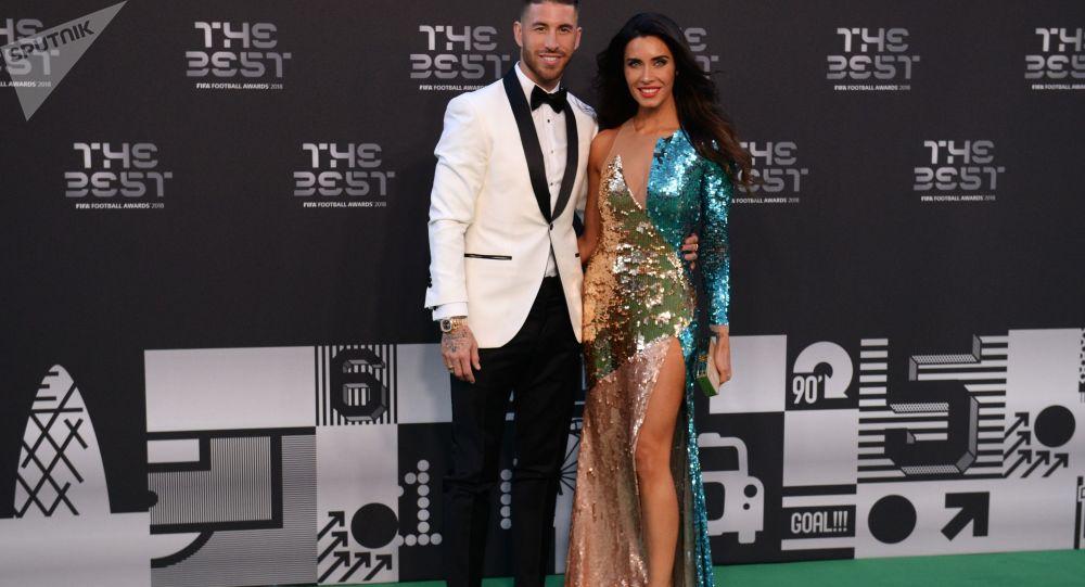 فوتبالیست راموس و همسرش در مراسم اعطای بهترین جایزه فوتبال فیفا.