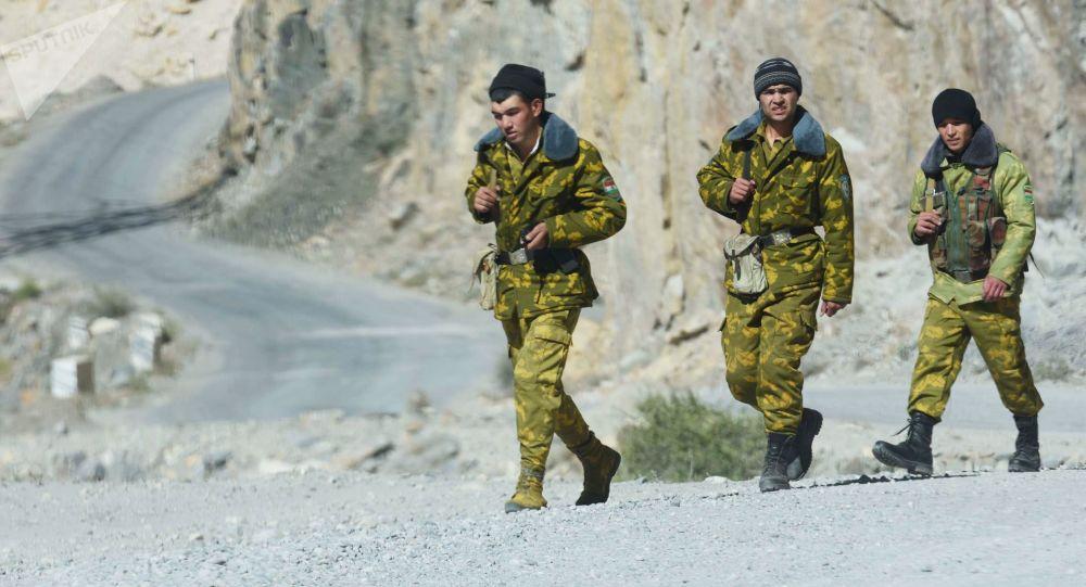 امریکا تاسیسات جدید برای نیروهای مرزی در مرز تاجکستان و افغانستان میسازد