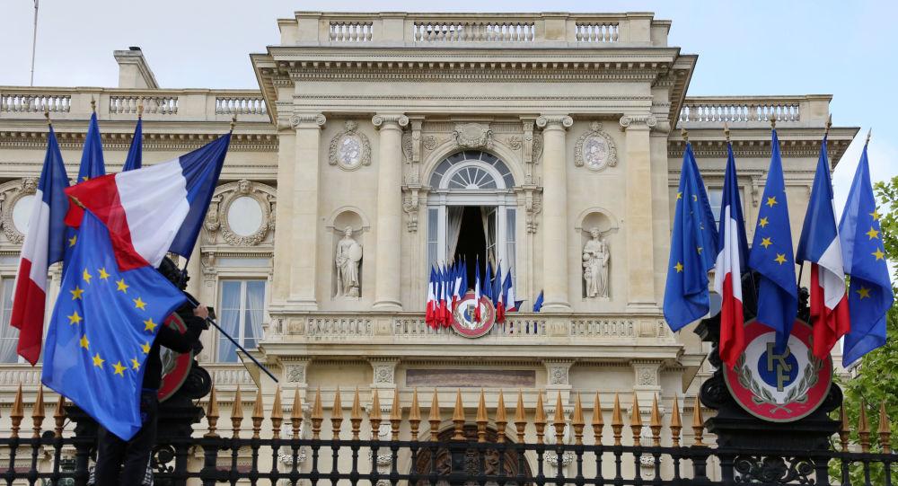 گفتگوی وزرای خارجه فرانسه و هند درباره اوضاع  افغانستان